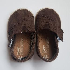 Baby shoes Toms brown rubber sole T4 baby
